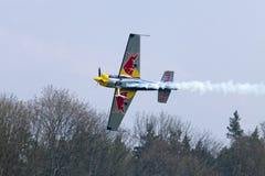 Питер Besenyei от Венгрии на Airshow Стоковое Изображение RF