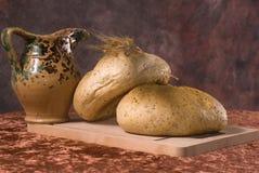 питчер хлеба свежий Стоковая Фотография