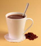 Питье горячего шоколада Стоковая Фотография