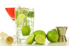 питье коктеила Стоковая Фотография
