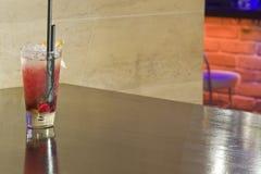 питье коктеила Стоковые Изображения RF