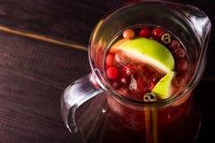 Питье коктеиля лета плодоовощей Стоковое Фото