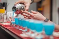 Питье коктеиля Стоковое Изображение RF