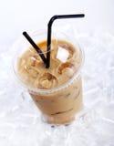 питье кофе холодное Стоковое Фото