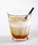 Питье мороженного и колы Стоковое Фото