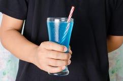 Питье сини льда Стоковая Фотография
