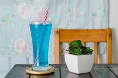 Питье сини льда Стоковое Изображение RF