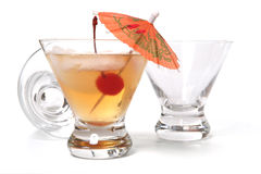 питье спирта Стоковая Фотография