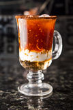 Питье чашки кофе Стоковое Изображение RF