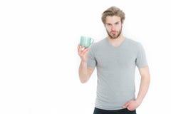 Питье человека или парня от чашки кофе или чая Стоковая Фотография