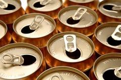 питье чонсервных банк Стоковое фото RF