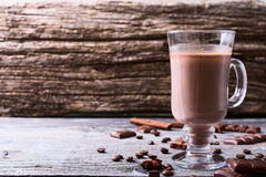 питье шоколада горячее стоковое изображение rf