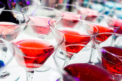 Пить коктеиля Стоковая Фотография