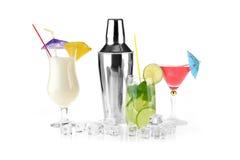 Пить коктеиля Стоковое Фото