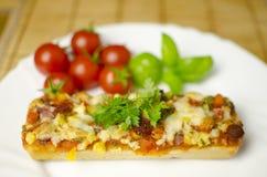 пицца багета близкая вверх Стоковое Изображение RF