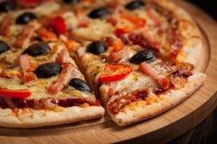 Пицца ветчины стоковое изображение rf