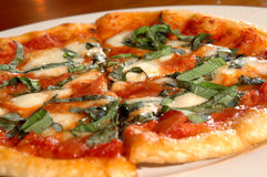 пицца вся стоковое изображение