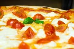 Пицца итальянки переднего плана стоковое фото rf