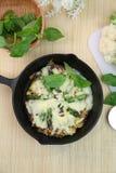 Пицца коркы цветной капусты свободного от клейковин Стоковое Изображение RF