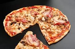 Пицца мяса Стоковые Изображения