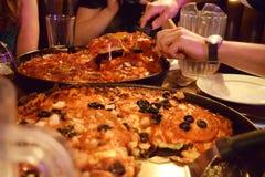 пицца тарелки chicago глубокая Стоковое фото RF
