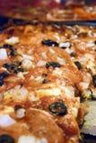 пицца тарелки chicago глубокая Стоковые Фотографии RF