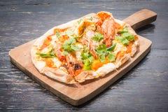 Пицца Тома yum стоковая фотография rf