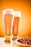 пицца 2 стекла пива Стоковое Изображение RF