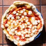 Пицца Margherita в Неаполе Стоковые Изображения RF