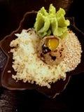 Пища для размышления - декоративное яичко ` s триперсток Стоковое фото RF