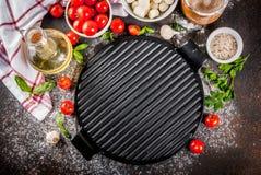 Пищевые ингредиенты итальянки пиццы макаронных изделий стоковое фото