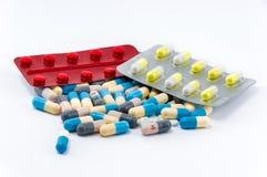 Пилюльки и таблетки Colorfull Стоковая Фотография RF