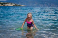 Плавать в хорватском море стоковые фото