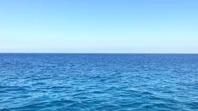 Плавать через Средиземное море сток-видео