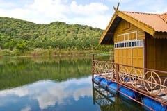 Плавая дом на Таиланде Стоковое Изображение
