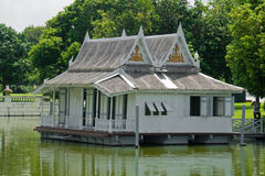 плавая дом Стоковые Изображения RF