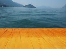 Плавая пристани в озере Iseo Стоковое Изображение