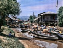 Плавая рынок озера Inle, Мьянмы Стоковая Фотография RF