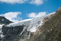 плавя ледники даже на высоких горах Стоковое Изображение RF