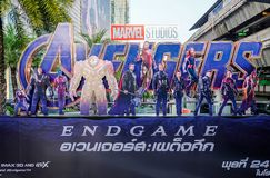 Плакат эндшпиля мстителей показал; Мстители, американский фильм супергероя основанный на комиксах чуда стоковая фотография rf