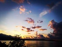 пламенистый заход солнца стоковая фотография