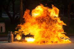 Пламя и взрывчатка газа от газа Стоковые Изображения