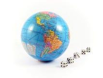 планета глобуса азартной игры земли кубиков Стоковое фото RF