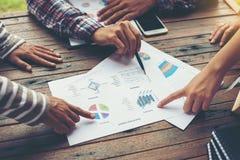 Планирование корпоративного бизнеса с концепцией сыгранности диаграммы дела Стоковое фото RF