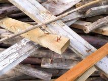 Планки конструкции деревянные с ногтями Стоковое фото RF