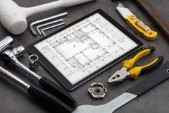 Планшет и инструменты с концепцией светокопии стоковые фотографии rf