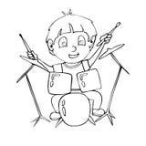 План страницы расцветки мальчика шаржа играя барабанчик стоковое фото