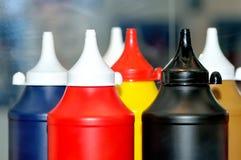 Пластичные бутылки для соуса мустарда кетчуп майонеза Стоковое Фото