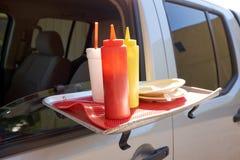 Пластичные распределители кетчуп и мустарда Стоковое Фото