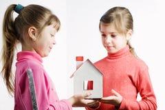 пластмасса s дома куклы Стоковая Фотография